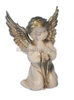 Ангел на коленях